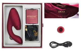 Womanizer Duo Clitoral Stimulator Bordeaux